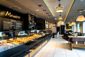 Frische und Gesunde Auswahl, Snacks, Süßwaren, Brote, Cafe Mauerer, Karlsfeld, Schillerstraße