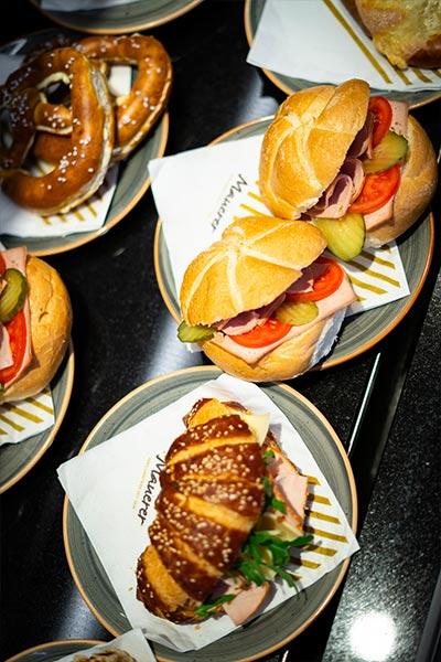 Snack, Brotzeit, Bio, Cafe Mauerer, Schillerstraße Hauptbahnhof, Karlsfeld
